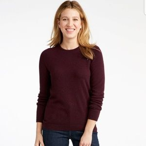 Banana Republic Burgundy Crewneck sweatshirt